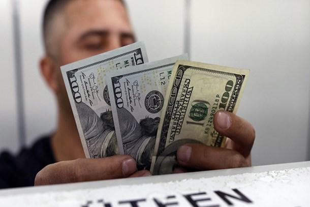 Dolardaki düşüş sürüyor!