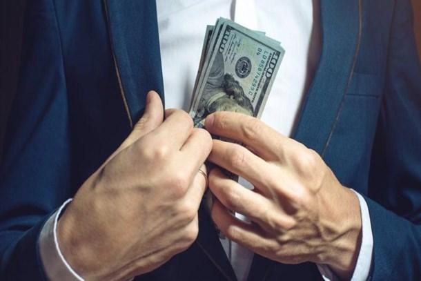 Faiz indirimi söylentisi doları fırlattı!