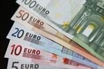Euro yeniden rekor tazeledi