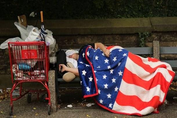 Hayaller ülkesinde yarım milyon insanın evsiz
