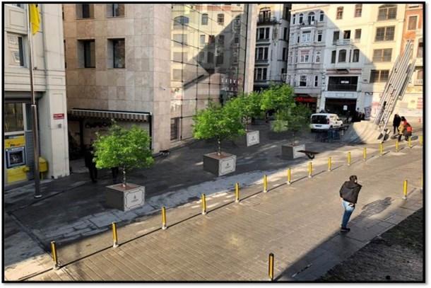 İstiklal Caddesi yeşilleniyor
