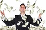 Bankalar yöneticilerini paraya boğdu