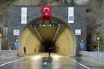 Türkiye'nin en büyük çift tüp tüneli açıldı