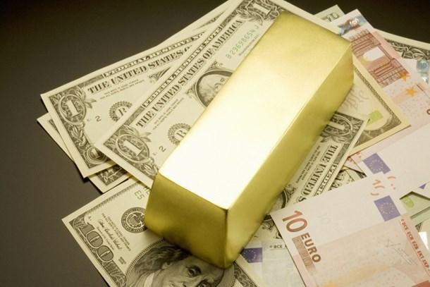 Vatandaş, 1.3 milyar döviz ve altın bozdurdu