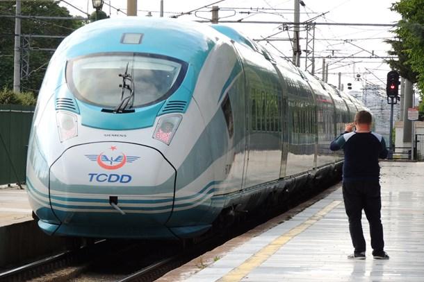 10 adet daha yüksek hızlı tren geliyor