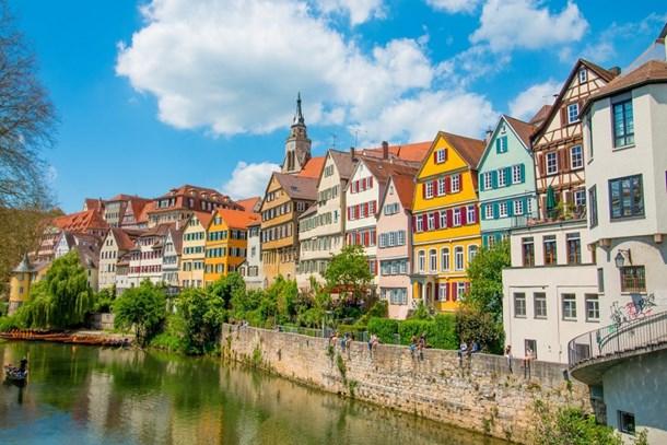 Almanya'da 1,9 milyon kişi uygun fiyatlı konut bulamıyor