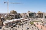 Taksim Camii'nin yarısı tamam