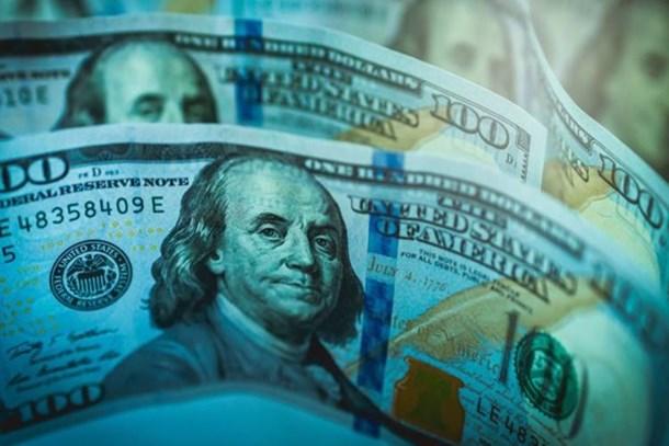 Dolar tarihi zirveye yakın güne başladı