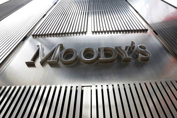 Moody's, büyüme beklentisini düşürdü