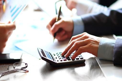 Krediler yükselirken konut kredileri düşüyor