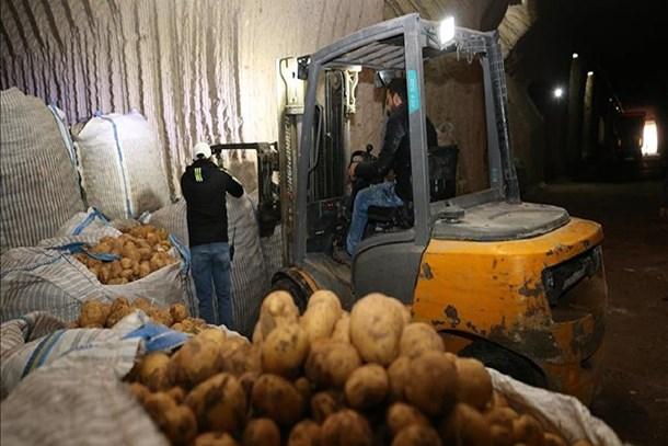 Patates ve soğan fiyatları 'uçuşa geçti'