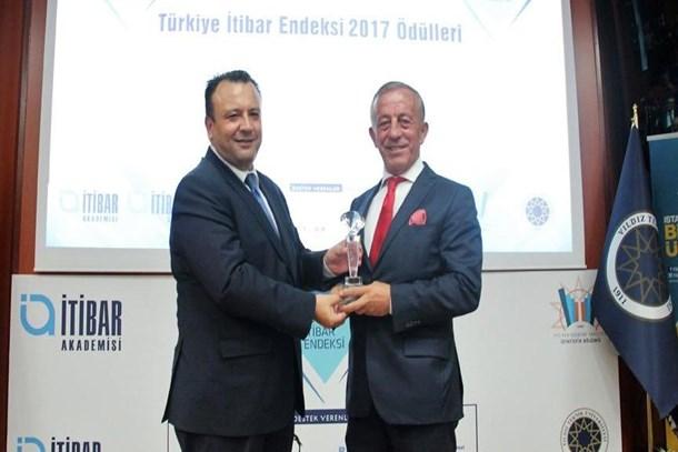 Ağaoğlu 7.kez en itibarlı inşaat şirketi seçildi