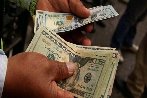 Dolar/TL, 4.85'ten aşağı inmedi