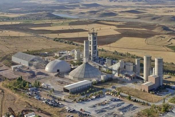 Sabancı üç fabrikasını satıyor iddiası