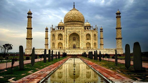 1.Taç Mahal<br /> <br /> <br /> Bulunduğu yer:Uttar Pradesh, Hindistan