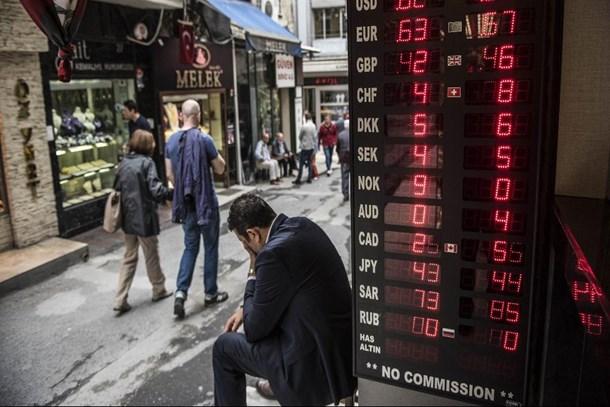 Ekonomiye güven 9 yılın en düşük düzeyinde